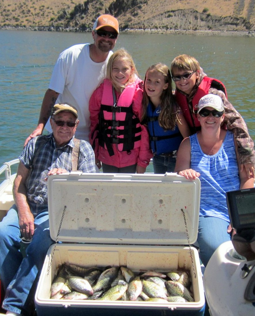 Brownlee charters for Huntington lake fishing