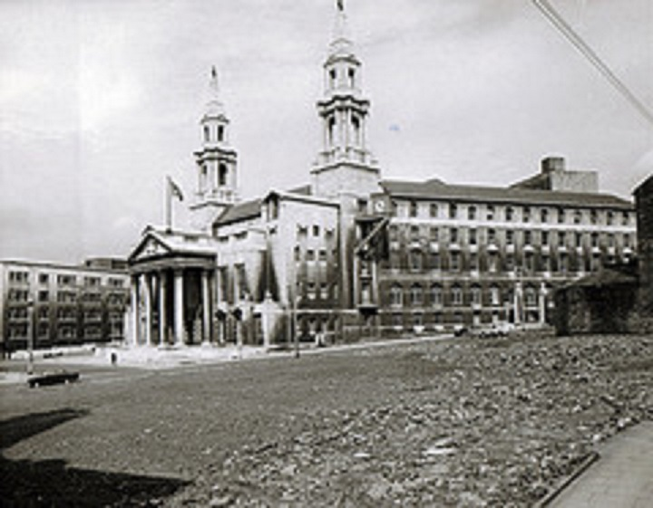 Leeds Civic Hall, 1960s– photo 2, click to enlarge