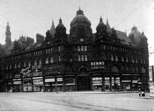 Leeds Kirkgate Market, 1910, click to enlarge