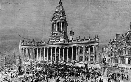 Leeds Town Hall– photo 2, click to enlarge