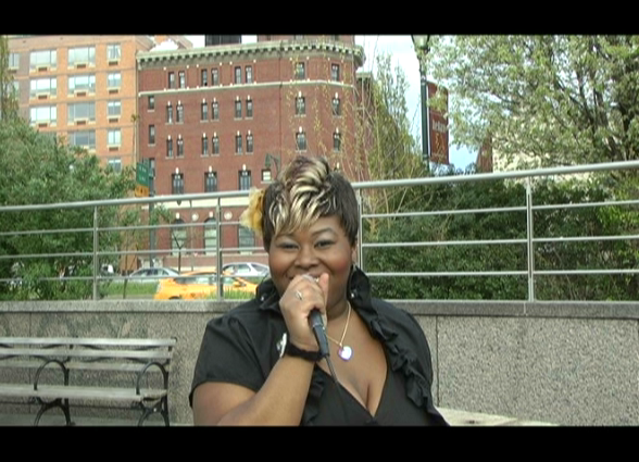 MMTV Presents ShaQuene Live -  NYC Streets