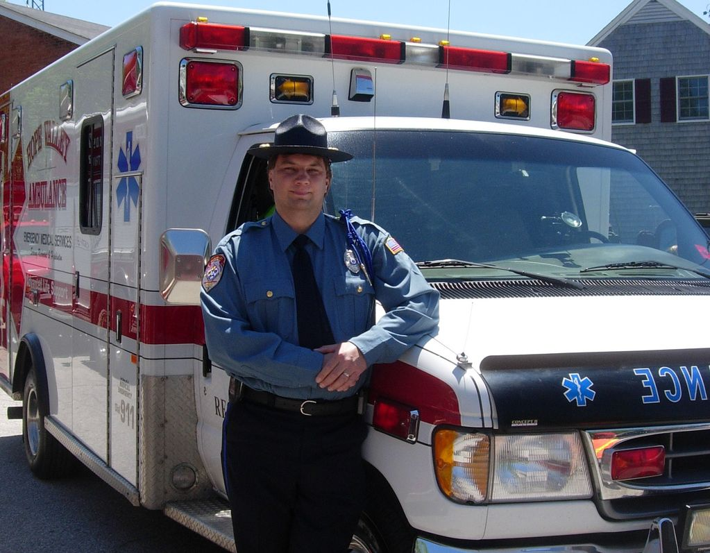 emt cpr class course and program training of rhode island ri bill ozga is an emt cardiac affiliated hope valley ambulance bill has been an emt since 1986 working for both private and 911 services