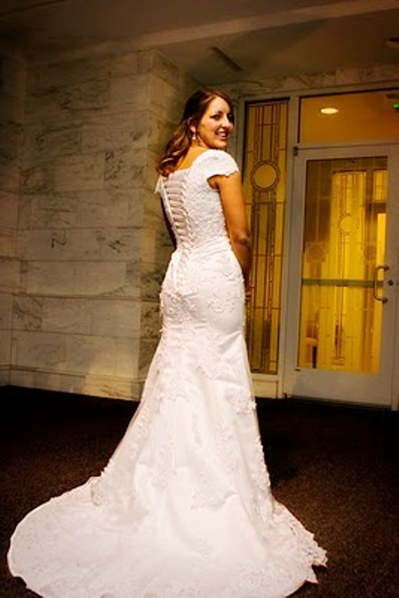 Lds Wedding Gowns For Rent : Temple wedding all you need to know enjoy a stress free