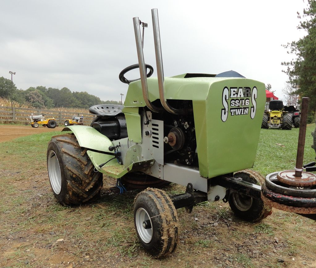 Sears Garden Tractors St 16 1976 : Feature sears lawn tractor osagcd