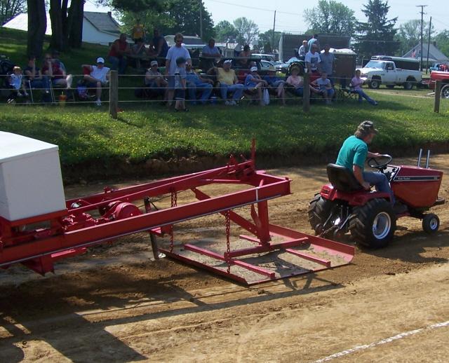 Lawn Garden Tractor Pulling